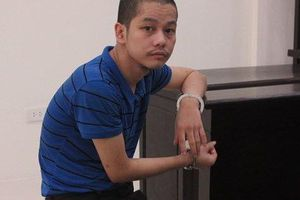 Hơn 20 năm tù cho kẻ động kinh chém chết bố đẻ ở Hà Nội
