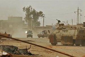 Chiến sự Tripoli: LNA siết vòng vây, GNA ba mặt giáp địch