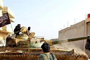 Ai đã chuyển vũ khí cho các chiến binh tấn công Syria?