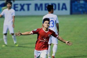 Vừa được triệu tập vào U23 Việt Nam, cầu thủ Việt kiều lập tức chiếm 'sóng'