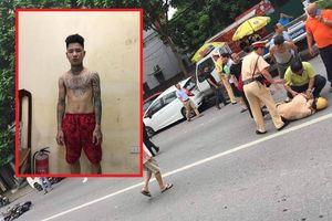 Thanh niên xăm trổ đâm CSGT gục trên đường