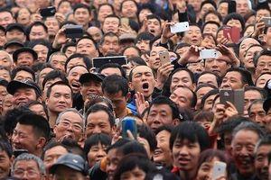 Trung Quốc 'hội tụ' nhiều yếu tố dẫn tới sự sụp đổ của nền kinh tế