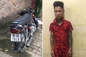 Bị kiểm tra, thanh niên 'hổ báo' tông xe chấn thương Trung úy CSGT