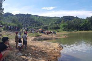 Nghệ An: 5 học sinh lớp 8 bị đuối nước thương tâm