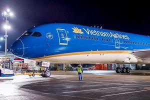 Vietnam Airlines thừa nhận chuyến bay lùi giờ để chờ một người