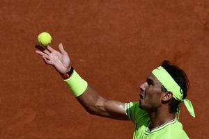 Nadal và Federer giành vé vào vòng 3 Pháp mở rộng