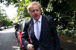 Ứng viên sáng giá cho chức Thủ tướng Anh bị buộc ra hầu tòa
