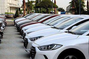 Cán bộ thí điểm khoán xe tại Hà Nội kêu gặp khó