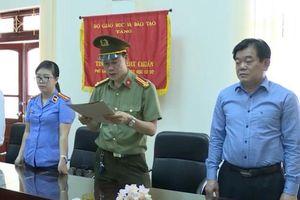 Giám đốc Sở GD-ĐT Sơn La từng đổi lời khai về việc 'xem trước điểm thi' cho 8 thí sinh!