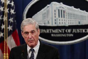 Công tố viên Mỹ điều tra Nga đột ngột từ chức