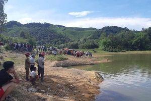 Rủ nhau đi dã ngoại, 5 em học sinh tử vong dưới đập nước