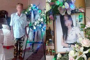15 năm không gặp con gái, người đàn ông chỉ kịp dự tang lễ con nhờ hành động tử tế này từ một người bạn của cô