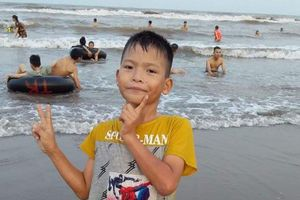 Sau nhiều ngày mất tích, nam sinh lớp 3 được tìm thấy dưới sông ở Thái Bình