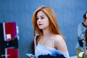 5 nữ thần tượng người Thái xinh đẹp, tài giỏi của Kpop