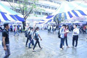 Gần 100 doanh nghiệp đến tuyển dụng sinh viên Trường ĐH Mỏ - Địa chất