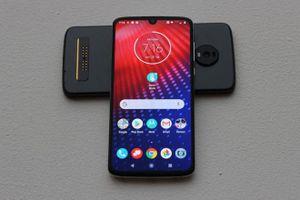 Motorola công bố smartphone Moto Z4 trang bị camera 48 MP