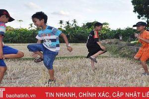 Ngày hè của trẻ em nông thôn Hà Tĩnh
