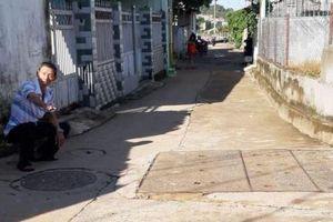 Người phụ nữ bị nước cuốn mất tích khi đi làm về