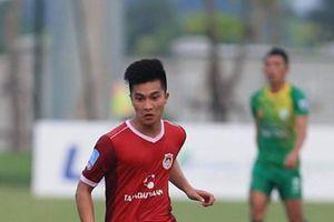 Cầu thủ Việt kiều đẹp trai vừa được gọi vào U23 Việt Nam là ai?