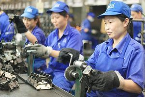 Doanh nghiệp đảm bảo đơn hàng, người lao động tăng thu nhập