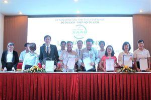 Thừa Thiên Huế: 80 đơn vị ký cam kết chống rác thải nhựa