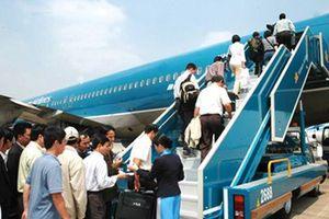 Chờ 1 hành khách nối chuyến, Vietnam Airlines xuất phát trễ 30 phút