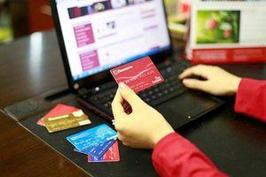 Đổi ATM sang thẻ chip có tránh được mất tiền trong tài khoản?
