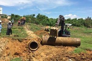 Đào đường ống xả thải ngầm sau vụ cá bè chết đồng loạt trên sông La Ngà