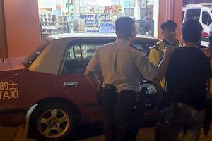 Cái kết bất ngờ khi tài xế taxi 'chặt chém' nhầm cảnh sát