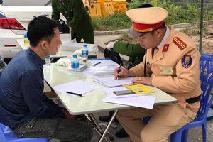 Gần 8.000 doanh nghiệp vận tải Hà Nội chưa báo cáo sức khỏe tài xế