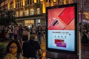 Trả đũa Mỹ, Huawei sa thải nhiều nhân viên Mỹ đang làm việc tại trụ sở Trung Quốc về nước