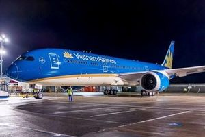 Boeing 787 của Vietnam Airlines phải quay đầu hạ cánh vì cảnh báo kỹ thuật