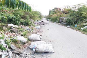 TP. Huế: Xử lý dứt điểm tình trạng rác thải gây ô nhiễm môi trường ở làng Đại học