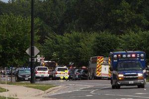 Mỹ rúng động vụ xả súng vào tòa nhà chính quyền khiến 11 người thiệt mạng