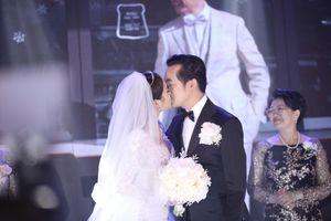 Dương Khắc Linh sáng tác ca khúc dành riêng cho vợ vào ngày cưới