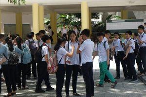 Vắng 106 thí sinh trong buổi thi đầu tiên tuyển sinh vào lớp 10