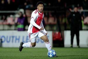 Tin nóng chuyển nhượng ngày 2.6: M.U có sao trẻ Ajax