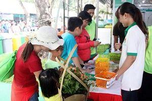Nhiều hoạt động thiết thực tại Ngày hội Sống xanh 'Chống rác thải nhựa'