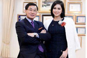 Chuyến bay định mệnh của 'vua hàng hiệu' Johnathan Hạnh Nguyễn và 'bà trùm' ngành thời trang