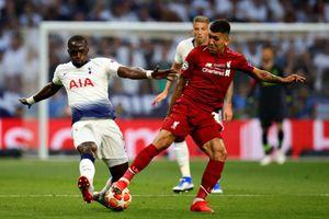 Liverpool vỡ òa khi nâng cúp vô địch Champions League sau 14 năm chờ đợi