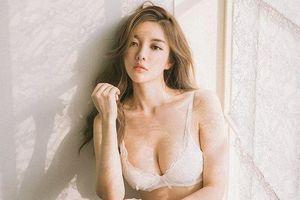 'Thiên thần nội y' Hàn Quốc có gương mặt ngây thơ, thân hình gợi cảm