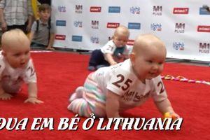 Lạ: Đua em bé ở Lithuania