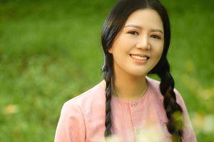 Sự nghiệp ca hát 'thăng trầm' của ca sĩ Đinh Hiền Anh