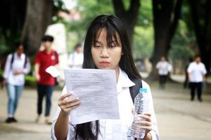 Thi Tiếng Anh và Sử lớp 10 Hà Nội, thí sinh 'không ngờ đề dễ như vậy'