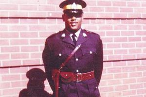 Hartley Gosline: Cảnh sát da màu đầu tiên của Canada