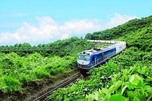 Vì sao logistic đường sắt yếu kém, thiếu kết nối với cảng biển?