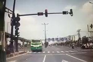TP Hồ Chí Minh: Xử phạt hàng chục tài xế xe buýt vi phạm