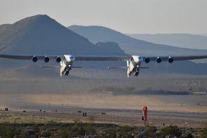 Siêu máy bay hai thân sẽ ngừng cất cánh sau một lần bay?
