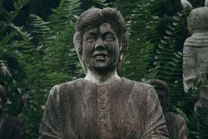 Vườn tượng khiến du khách sởn gai ốc ở Nhật Bản