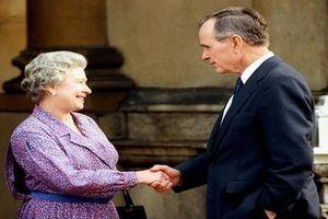 Cuộc gặp ấn tượng của Nữ hoàng Anh với các đời Tổng thống Mỹ